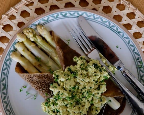 Vegan Flemish White Asparagus with Buckwheat Crêpes